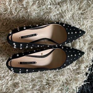 Pearl kitten heels